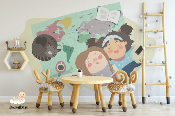 dziewczynki i kot rozmyślają leżąc na mapie - fototapeta dla dzieci