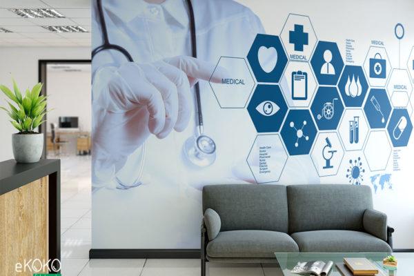 lekarz wybiera palcami ikony nowoczesnego interfejsu medycznego - fototapeta do gabinetu medycznego