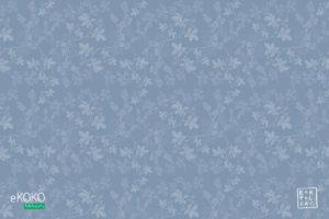 wzór delikatnych liści leszczyny na błękitnym tle - fototapeta